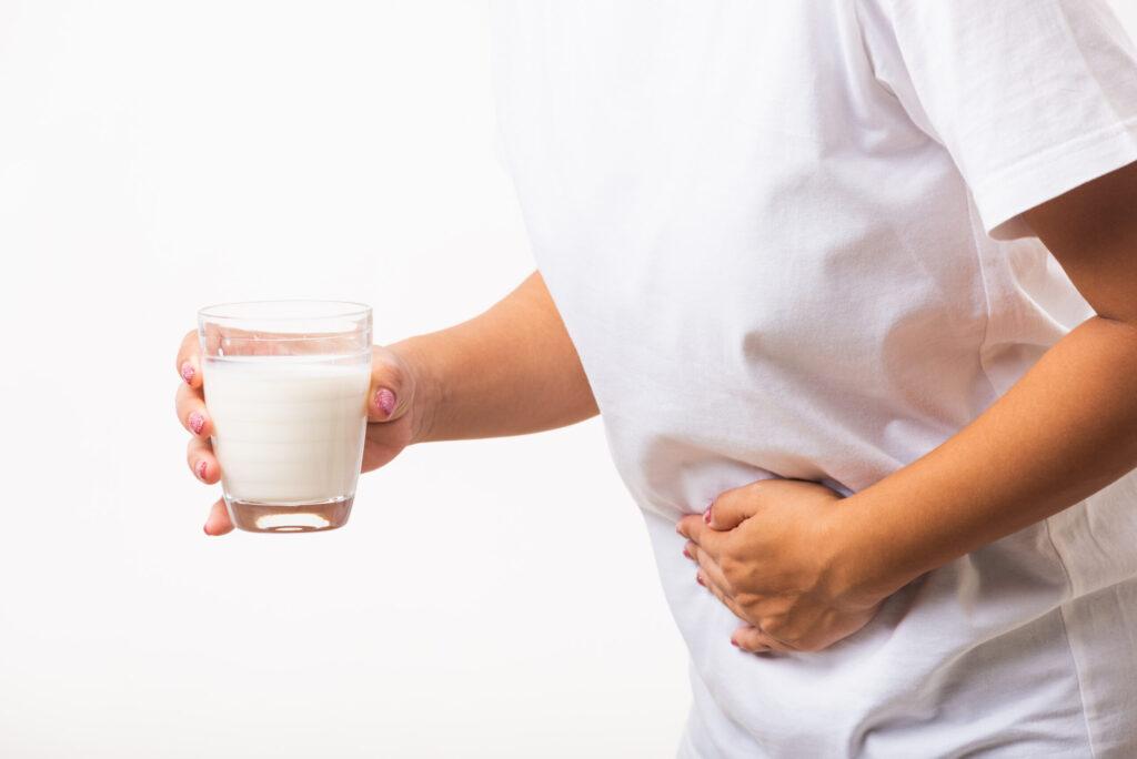 здуття живота молоко